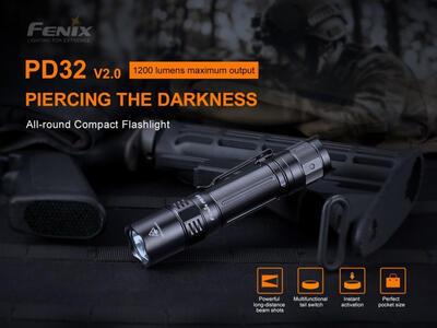 Fenix PD32 V2.0 Kapesní svítilna s klipem - 2